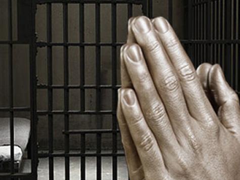 Заключенных повернут лицом к Богу