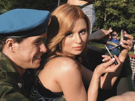 Алена Апина отслужила в Чечне