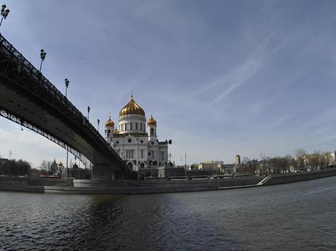 Москва-река оденется в пластик