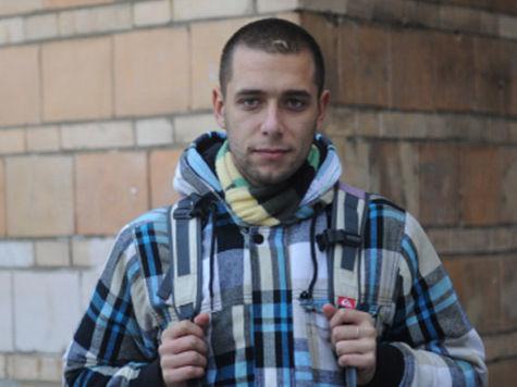 Избитый при штурме квартиры Навального журналист сам стал фигурантом уголовного дела