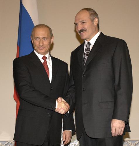 После поездки в Белоруссию ВВП позавтракает с Меркель и поужинает с Олландом