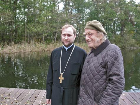 """""""Датский профессор"""" собирает на мужской монастырь"""
