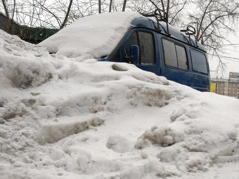 Сильный снегопад ожидается в Москве в середине марта