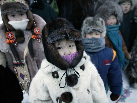 Жители Оймякона смеются над москвичами, которые мерзнут при - 20°, и советуют, как нам жить в морозы