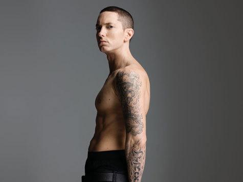 Многоликий рэпер выпустил альбом и неожиданно излечился от гомофобии