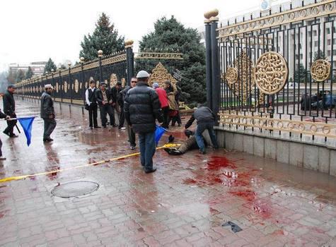 Власти Киргизии пытаются нормализовать ситуацию