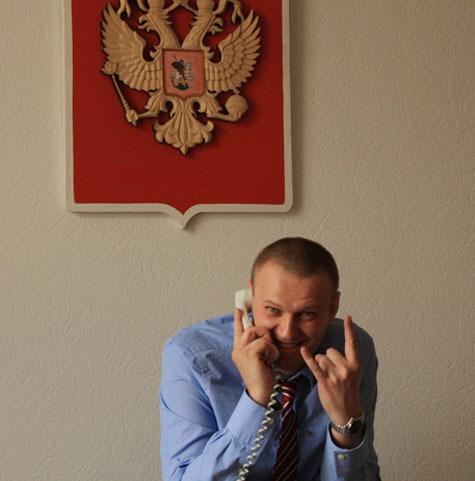 Главред издания ответил блогеру, что не ему судить о свободной прессе