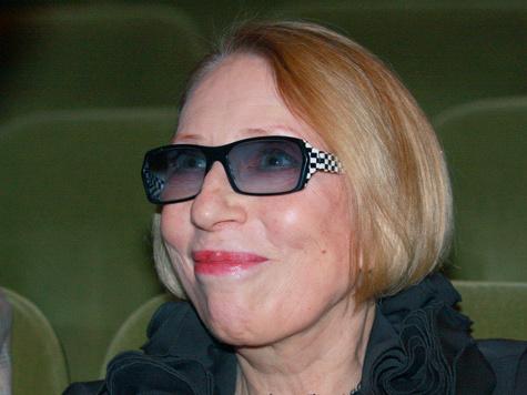 """Чурикова оказалась в одной из больниц с травмами, которые она получила в """"Шереметьево"""""""