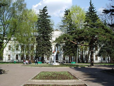 Старейший парк Москвы отреставрируют в сталинском стиле