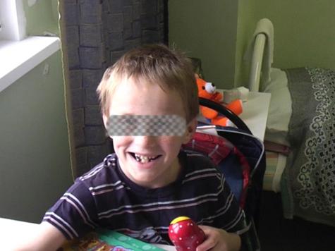 Суд наказал приемную мать Артема Савельева