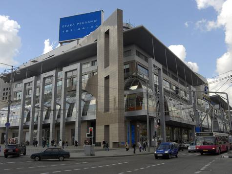 Свидетели конфликта у «Европейского» затеяли свою драку с полицией