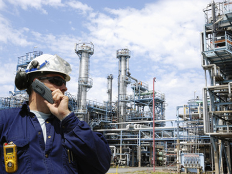 Кому достанутся мировые запасы нефти и газа?