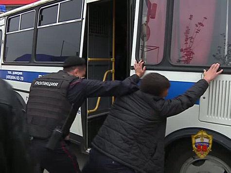 В элитном клубе Новой Москвы задержаны десятки мигрантов