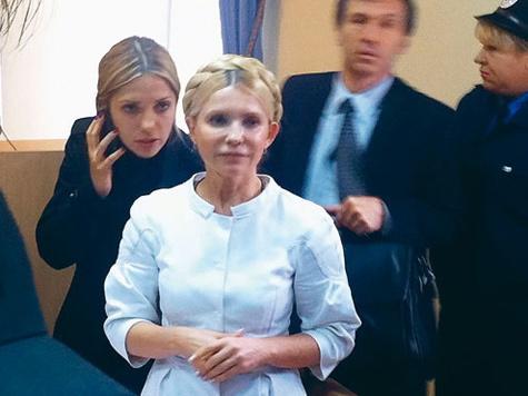 Лежачую Тимошенко боятся еще больше?