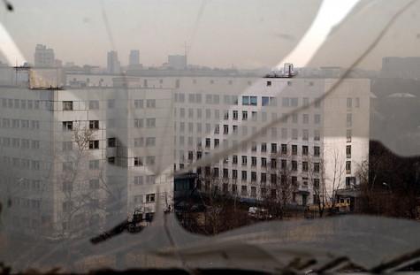 Страх погибнуть мучительной смертью от рака вынудил 74-летнюю пациентку 63-й горбольницы в субботу в центре столицы выброситься из окна палаты
