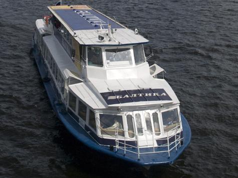 Пьяный капитан организовал для пассажиров теплохода бег с препятствиями
