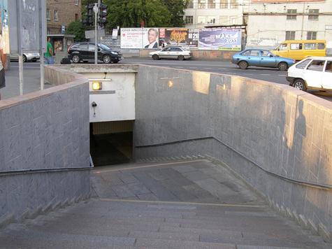 """У метро """"Полежаевская"""" не придется тесниться"""