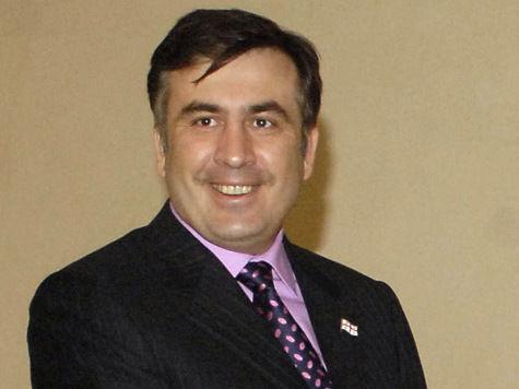 Михаилу Саакашвили в компании с российским оппозиционером удалось покорить Казбек