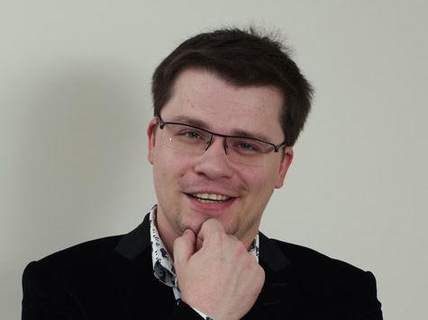 Гарик Харламов снова холост: его развели сразу с двумя