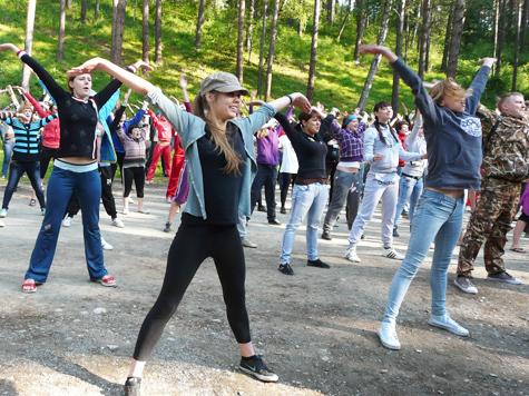 Конкурс молодежных проектов  на берегу Катуни