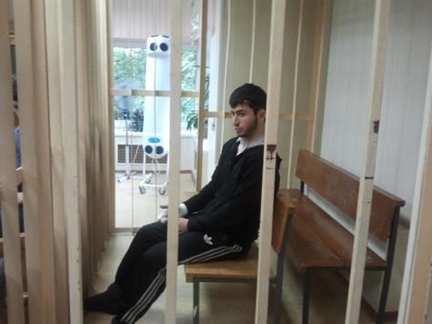 Пресненский суд столицы в пятницу арестовал на два месяца 22-летнего студента Бекхана Ризванова, обвиняемого в покушении на убийство фаната.