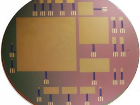 Впервые разработан микрочип, который питается спинномозговой жидкостью людей