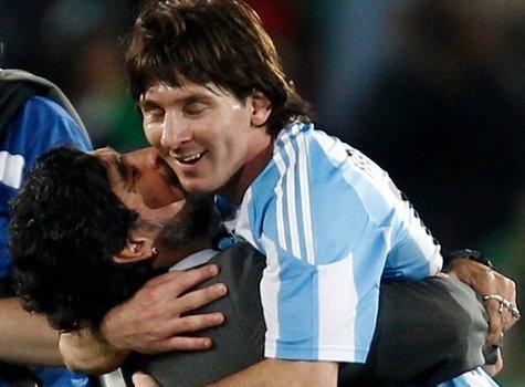 Марадона начал c победы