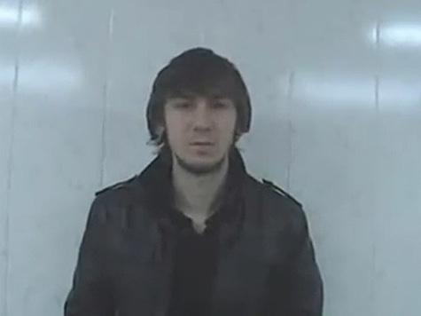 Подозреваемый в убийстве Свиридова оправдывается в Интернете