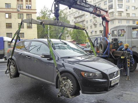 В Москву возвращается платная эвакуация