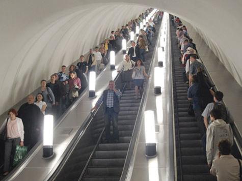 Записывать переговоры билетных кассиров с пассажирами будут отныне в столичном метрополитене