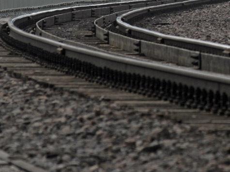 По последним данным, при крушении поезда погибли 80 человек