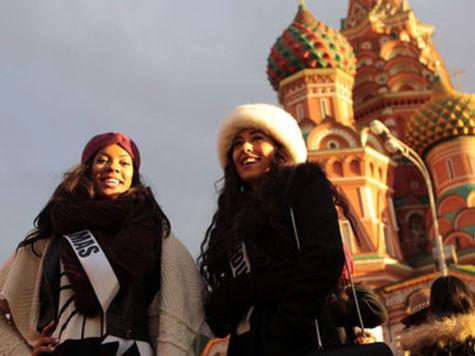 Участницы конкурса «Мисс Вселенная-2013» познакомились с Москвой