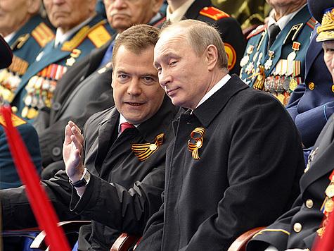 """Руководство страны """"уличили"""" в неуважении к военным и ветеранам"""