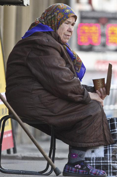 Государство продолжит платить пенсию работающим пенсионерам