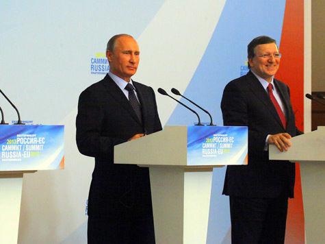 На саммите Россия-ЕС президент заявил о готовности подписать закон о запрете усыновления детей геями