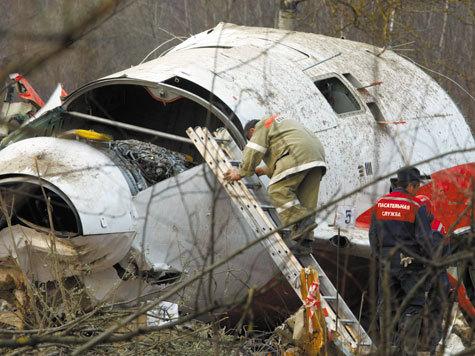 Самолет Качиньского разбился  на множество версий