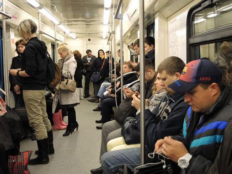 ФМС готова следить за мигрантами в столичной подземке