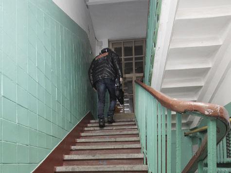 Цвет стен в подъезде выберут сами жильцы