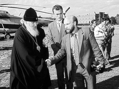 Русская церковь не хочет хоронить царских детей