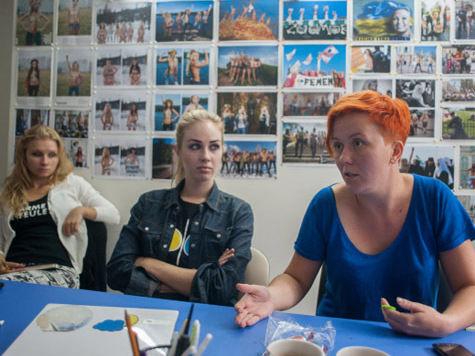 Femen выступили со скандальным заявлением на фестивале в Венеции