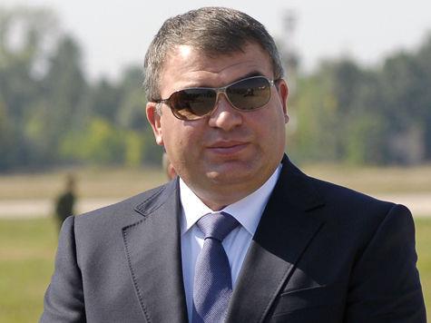 Аферами в военном ведомстве решили заняться, чтобы нанести удар по Анатолию Сердюкову?