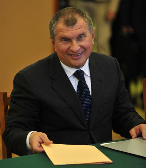 Путин назначил его секретарем президентской комиссии
