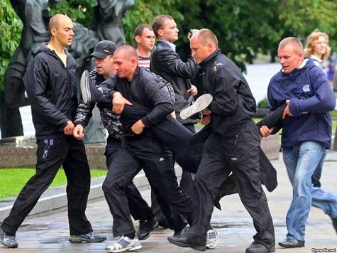 Белорусская милиция задержала десятки участников акции протеста
