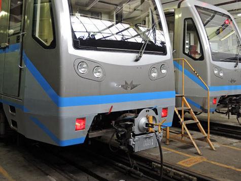 Пассажиров метро «замуруют» в вагонах