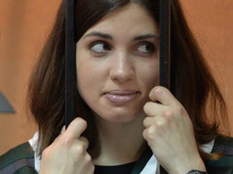 Адвокат Толоконниковой: голодовка прекращена, но Надежда проведет месяц в лазарете
