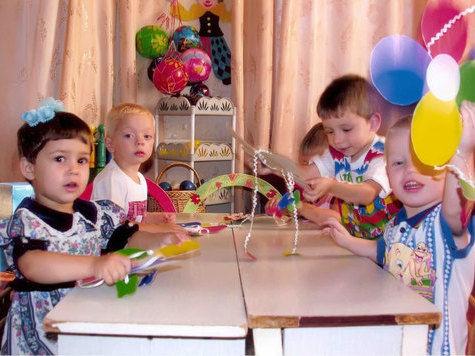 Закон Димы Яковлева оставил без семьи 31 ребенка
