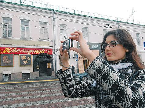 В городе прошла фотоакция против искажения исторического облика зданий