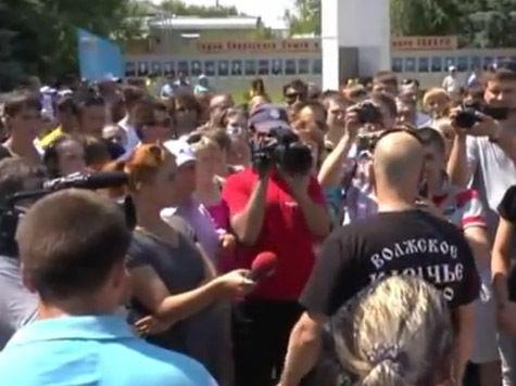 Беспорядки в Пугачеве: снят начальник полиции, на вокзале ждут прибытия националистов