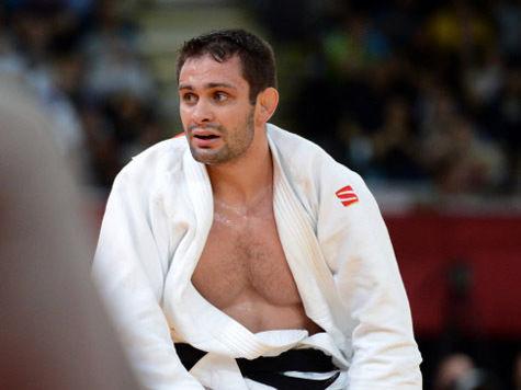 Чемпионат мира по дзюдо: у Михайлина украли медаль