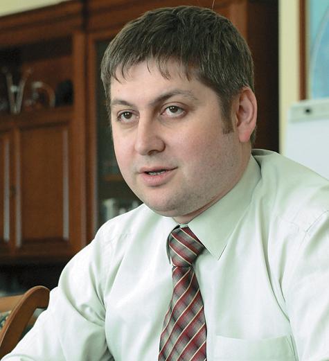 Замглавы Минэкономразвития Олег Фомичев рассказал «МК» о дальнейшей судьбе государственных услуг